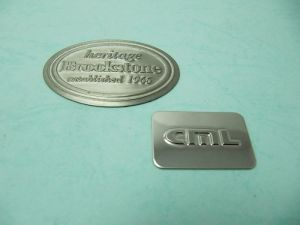 一般白鐵打凸商標、銘版