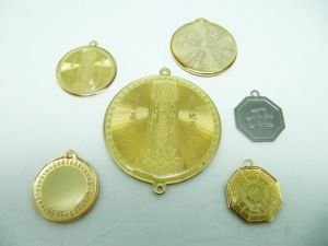 Brass  etch  hang  tag